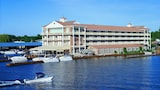 Alexandria Bay hotel photo