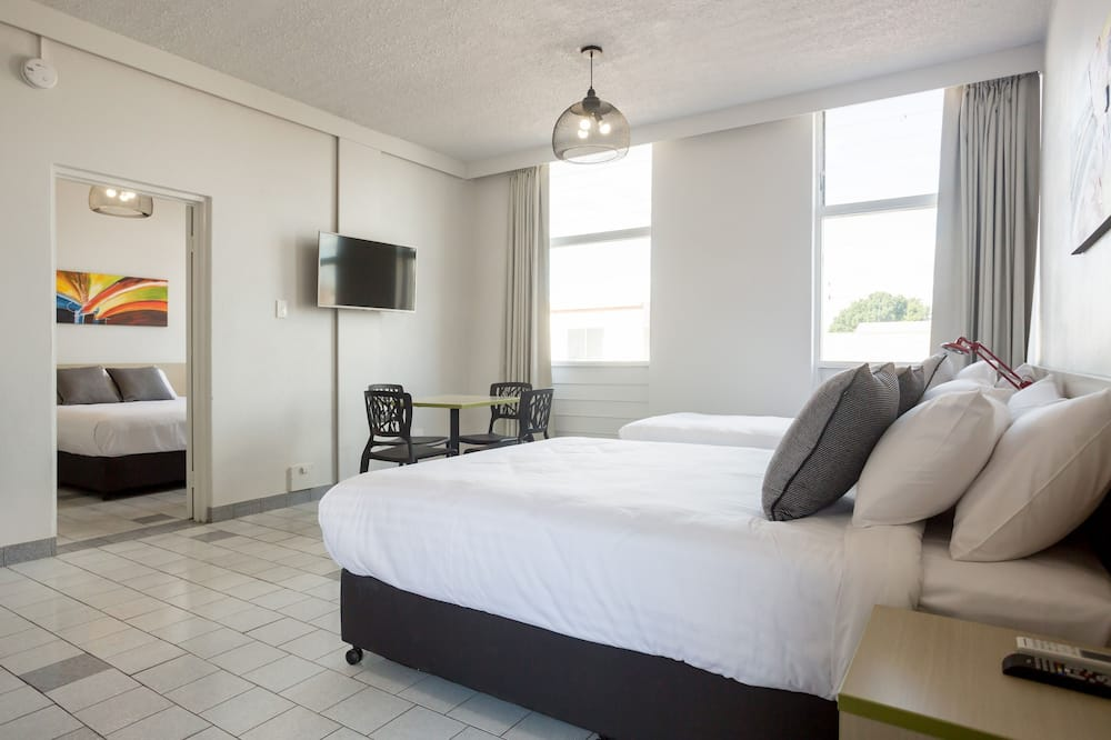 Two Bedroom Apartment - Guest Room
