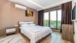 Choose this Apartment in Antalya - Online Room Reservations