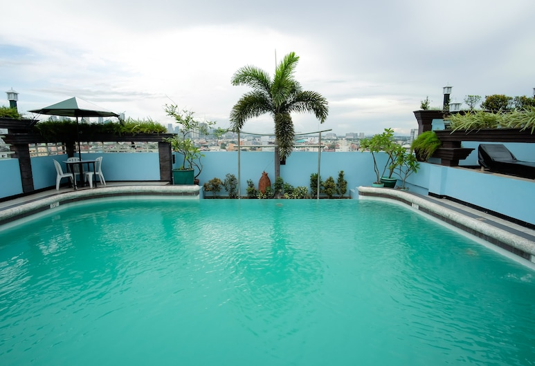 Urban Travellers Hotel, Pasay, Piscina al aire libre