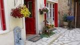 Choose This Cheap Hotel in Sarlat-la-Caneda