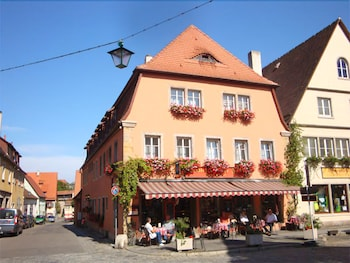Picture of Hocher Hotel & Café in Rothenburg ob der Tauber