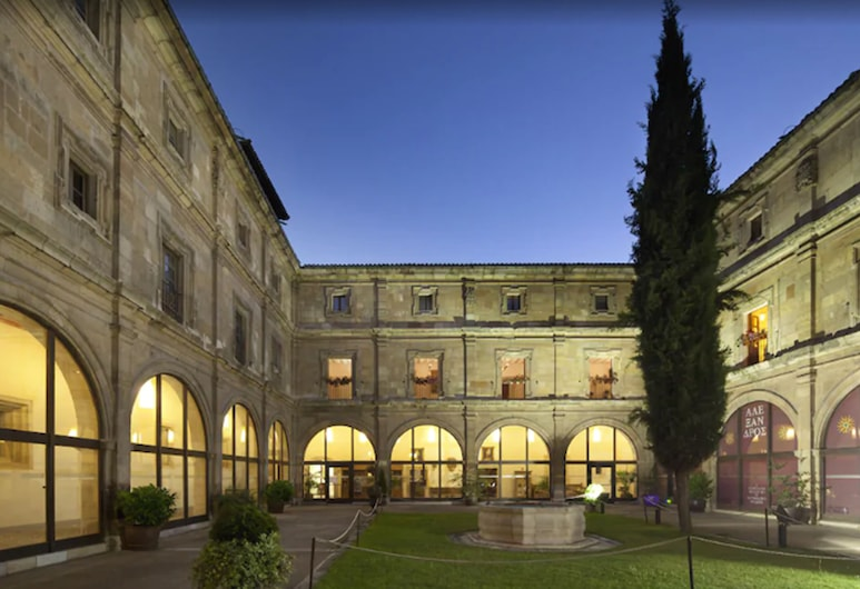 Hotel Real Colegiata San Isidoro, Leon