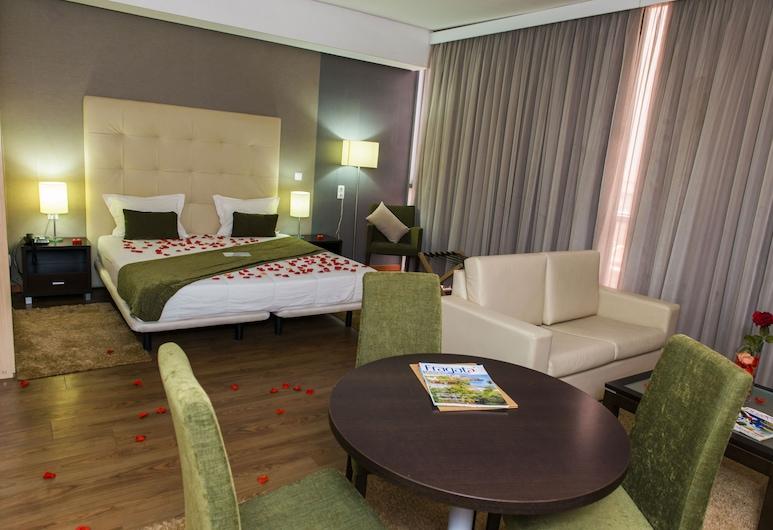 Hotel Santiago, Praia