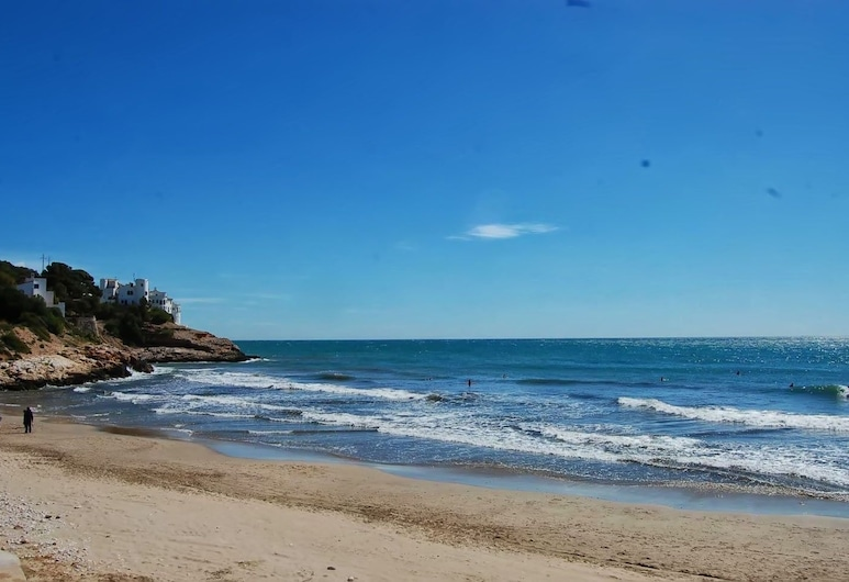 Apartment by the Sea by Hello Apartments Sitges, Sitges, Pláž