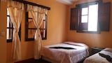 Choose this Hostel in Antigua Guatemala - Online Room Reservations
