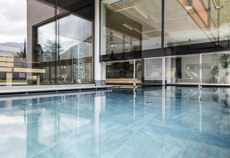 Hotel Clara, Varna, Pool
