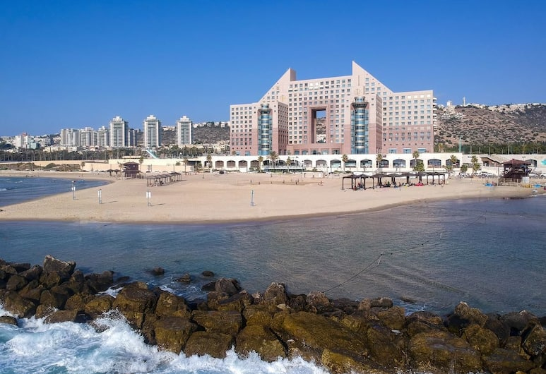Apartment by the Sea, Haifa