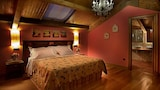 Reserve this hotel in Herrera de Valdecanas, Spain