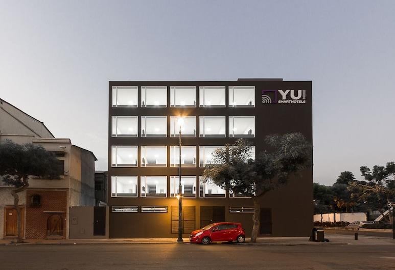 YU 智慧飯店, 瓜亞基爾, 飯店入口 - 夜景