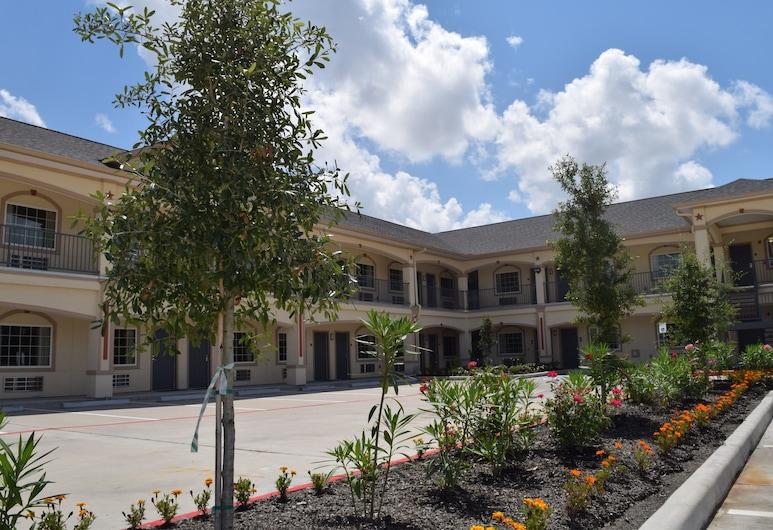 America's Inns & Suites Willowbrook, Houston