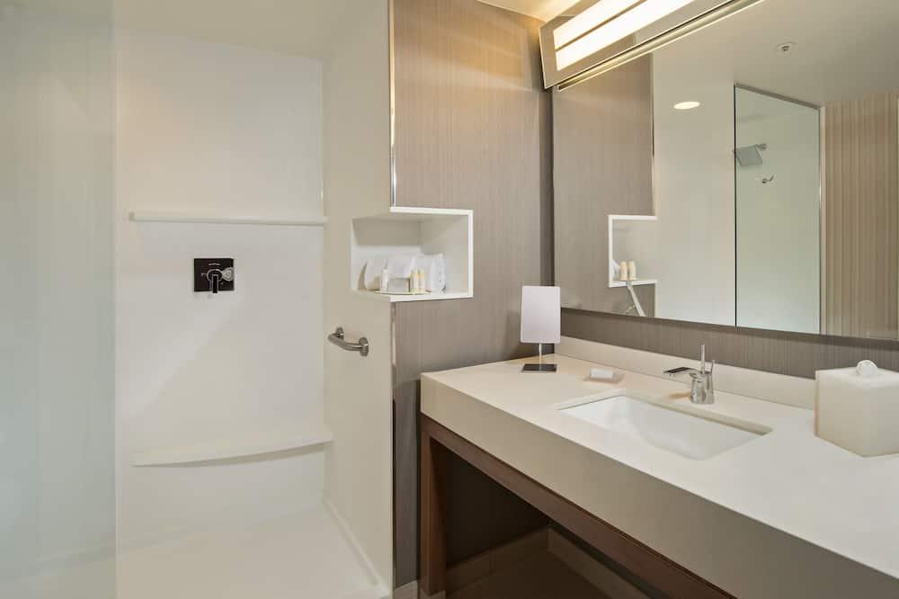 Chambre Supérieure, 1 très grand lit, non-fumeurs - Salle de bain