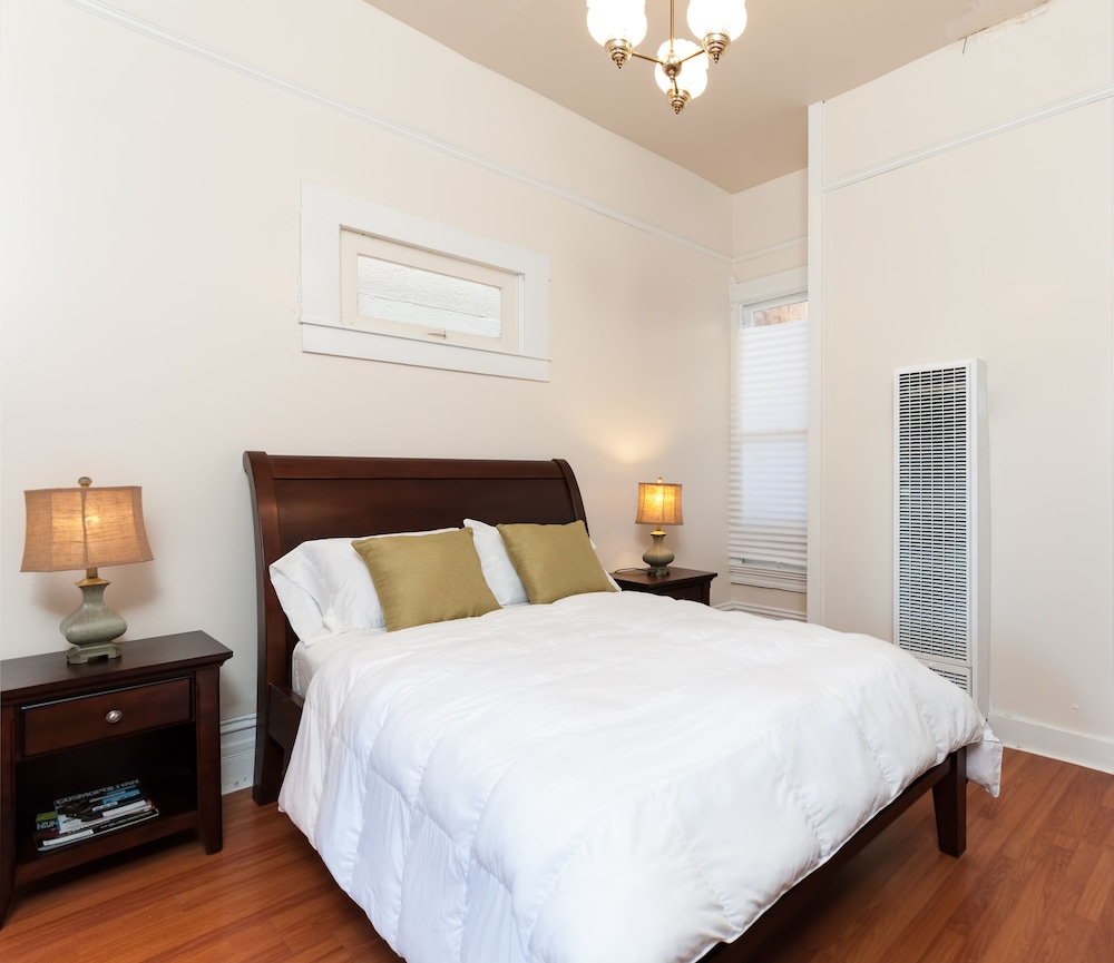 Oakland Bedroom Furniture Book Gorgeous 4 Bedroom Victorian Townhouse Oakland California