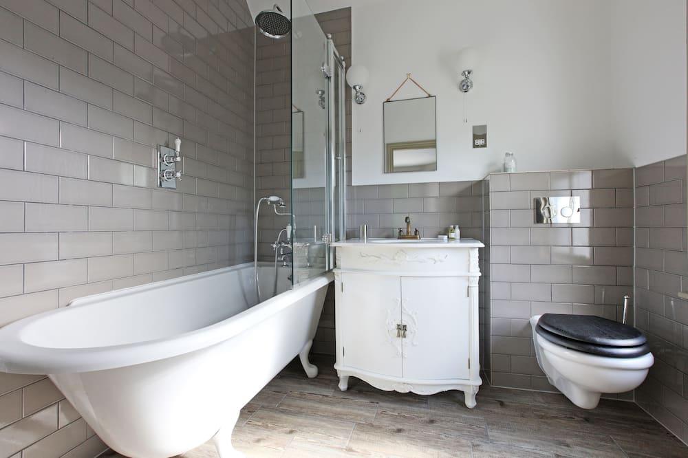 Сімейний номер (1 двоспальне або 2 односпальних ліжка) - Ванна кімната