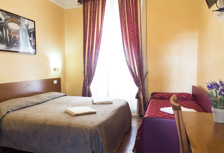 Beautiful Place in Rome, Rome, Standard Quadruple Room, Private Bathroom, Guest Room