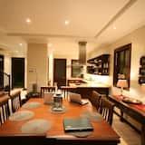 Hus, 4 soverom (Maison 78) - Bespisning på rommet