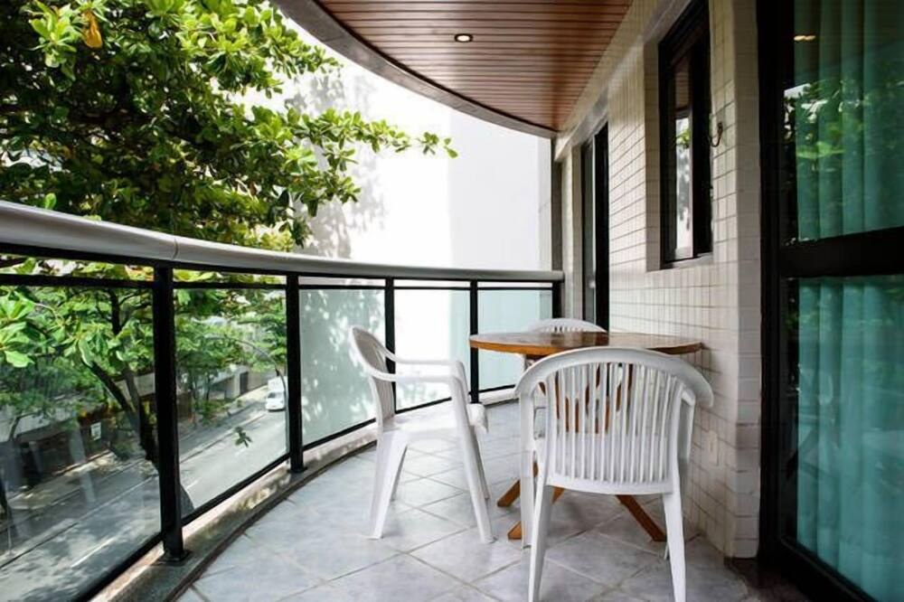 Traditional-Apartment - Balkon