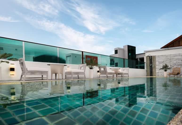 太陽海洋沙灘酒店, 巴東