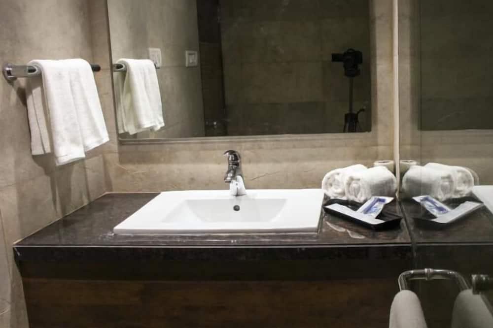 豪華雙床房, 附屬樓 - 浴室