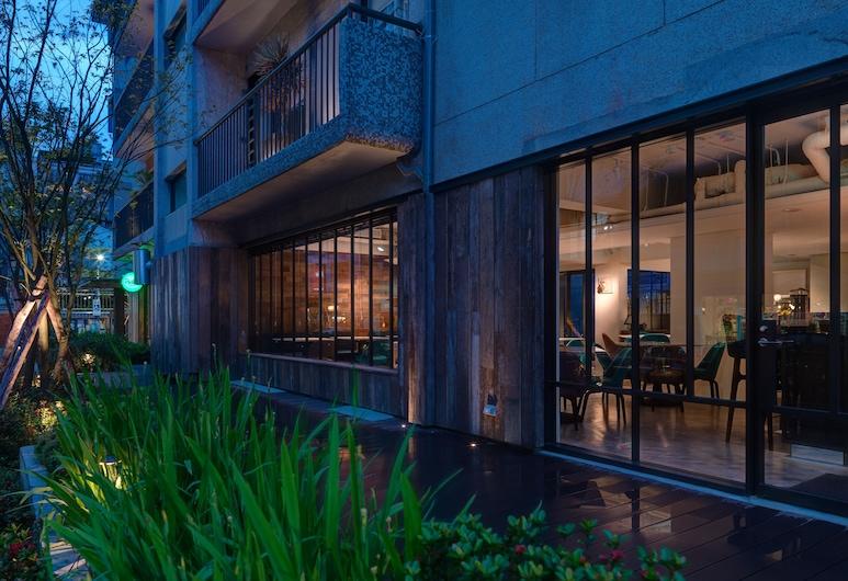 富邦藝旅 Folio Hotel Daan Taipei, 台北市, 飯店入口 - 夜景