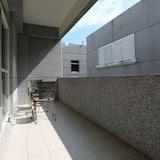 Üç Kişilik Oda (Green Playground-302) - Balkon