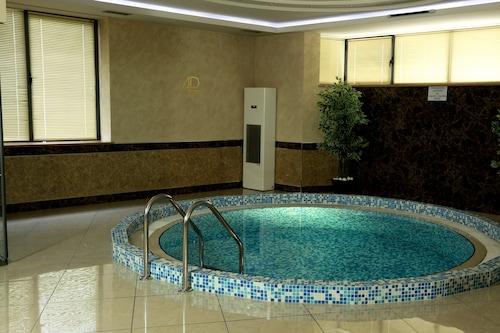 阿凡廣場酒店/
