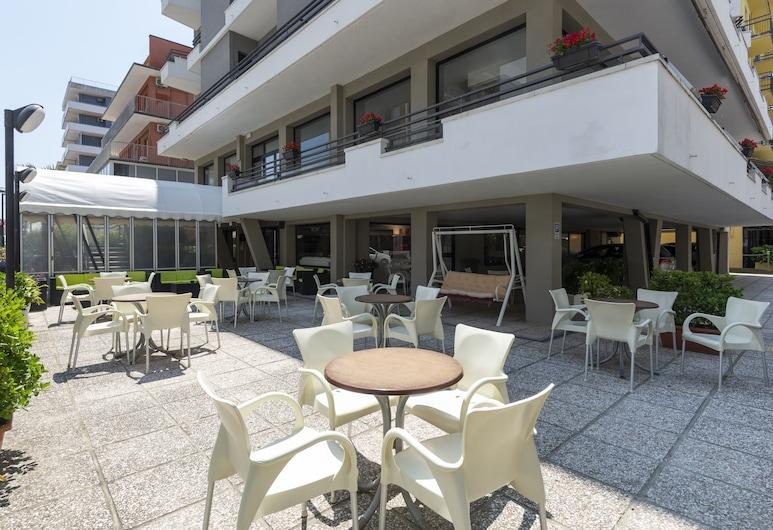 Hotel Florida Park, Bellaria-Igea Marina, Terasz/udvar