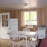 Cabane, 4 chambres (Cabin #2) - Restauration dans la chambre