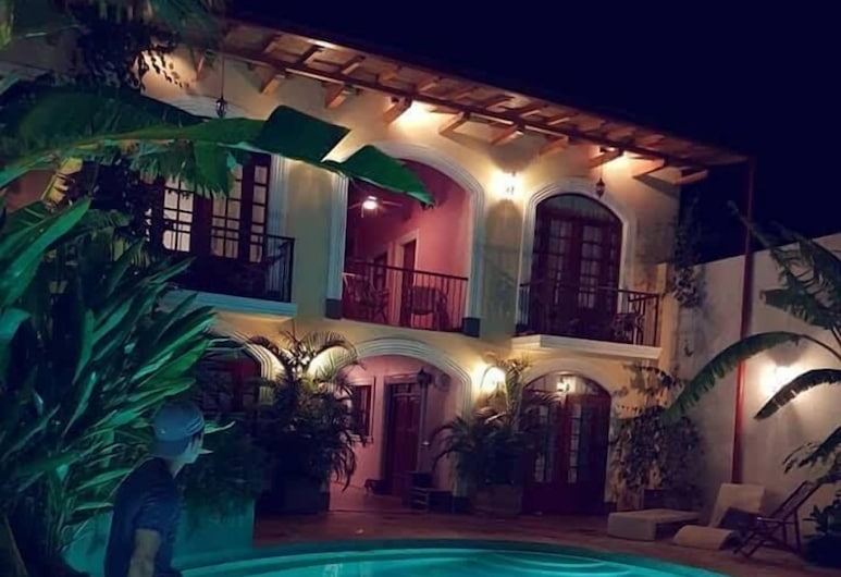 Hotel La Polvora, Granada, Pool