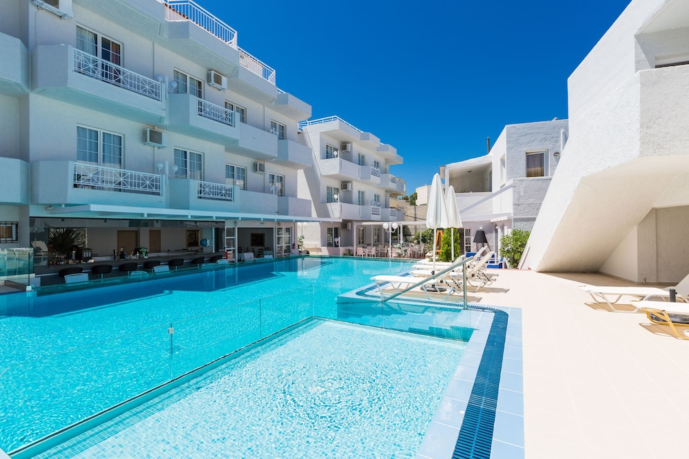 Castello Bianco Aparthotel in Kreta - Hotels.com