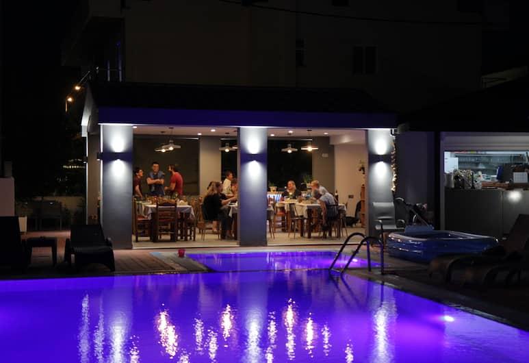 Platoni Elite Apartments, Rodosz, Medenceparti bár