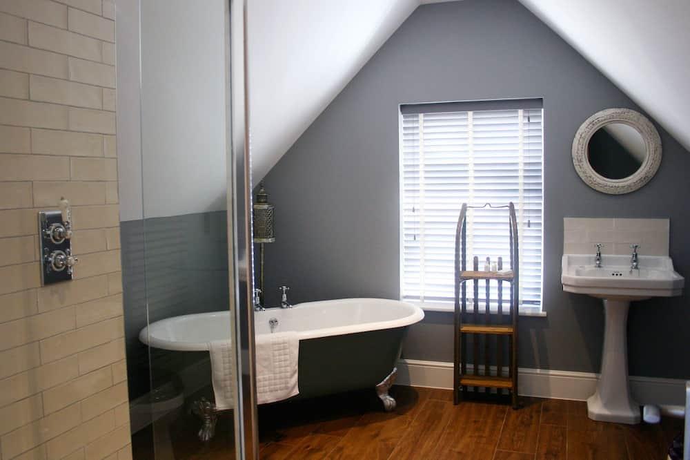 奢華雙人房, 1 張特大雙人床, 浴缸 (The Prospect) - 浴室