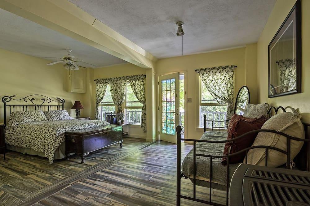 Standard-huone, 1 keskisuuri parisänky, Oma kylpyhuone - Vierashuone