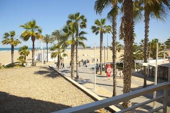 Picture of Malvarrosa Beach Rooms in Valencia