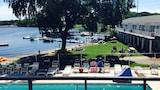 Arnolds Park hotel photo