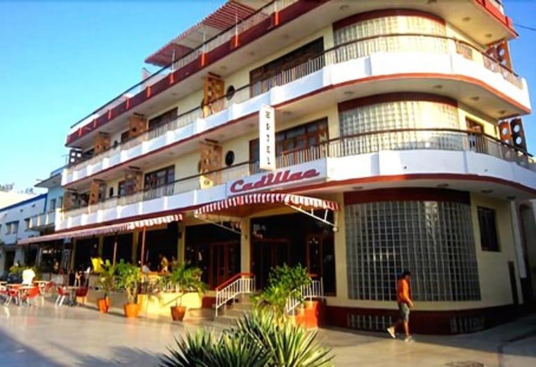 Cadillac, Las Tunas, Fachada del hotel