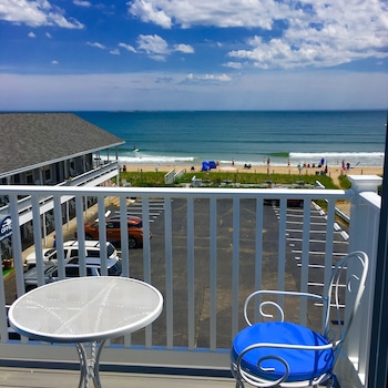 Enter your dates for our Old Orchard Beach last minute prices