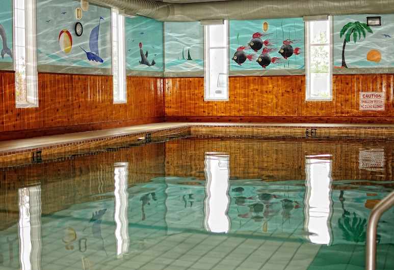 Claymore inn & Suites, Antigonish, Indoor Pool