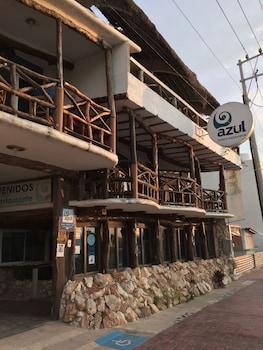 Picture of Azul Hotel & Restaurante in Ciudad del Carmen