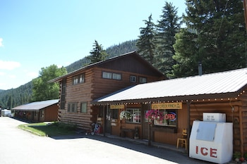 Picture of Wolf Creek Ranch Ski Lodge in South Fork