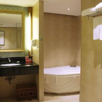Picture of Wanyue Grand Skylight Hotel Shenzhen in Shenzhen