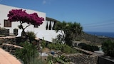 Choose This Cheap Hotel in Pantelleria