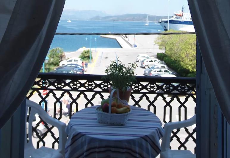 Hotel Dionysos , Poros, Firemannsrom, utsikt mot sjø, Balkong