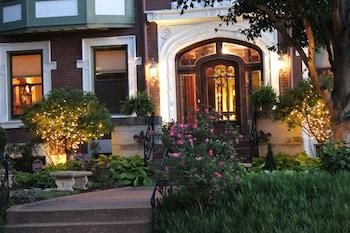 Picture of Fleur-de-Lys Mansion in St. Louis