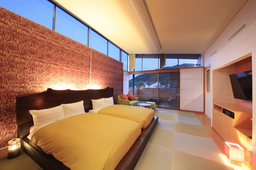 Japanese-Style Twin Room with Open-Air Bath and 2 Japanese Futons - 3rd Floor - Living Room