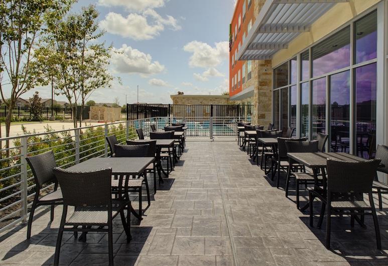 Holiday Inn Express & Suites Houston NW - Cypress Grand Pky, an IHG Hotel, Cypress, Terrasse/veranda
