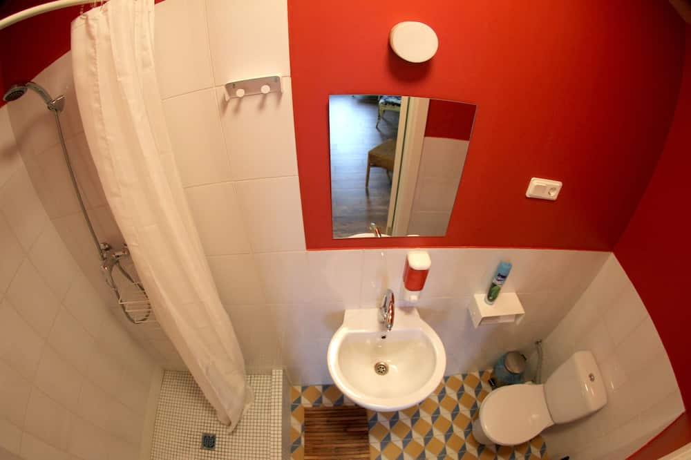 Luxury Double Room, Private Bathroom, River View (in-room fireplace) - Kemudahan Bilik Mandi