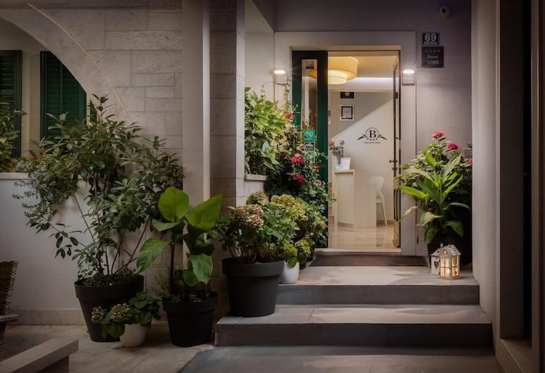 Balatura Split Luxury Rooms, ספליט, הכניסה למלון
