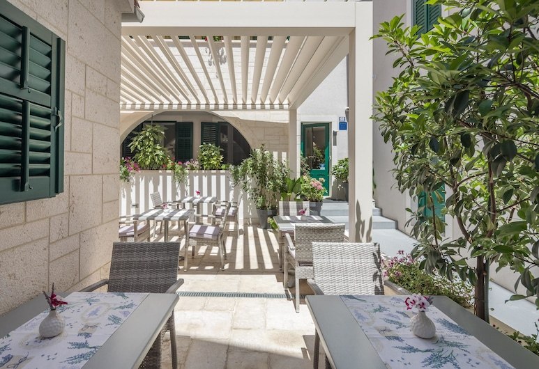Balatura Split Luxury Rooms, Split, Garten