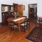 Familie huis, 3 slaapkamers (Manor House) - Eetruimte in kamer